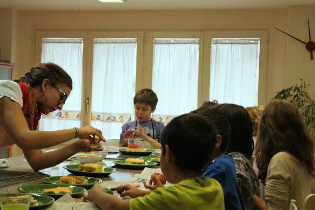 foto cuina amb nens 3